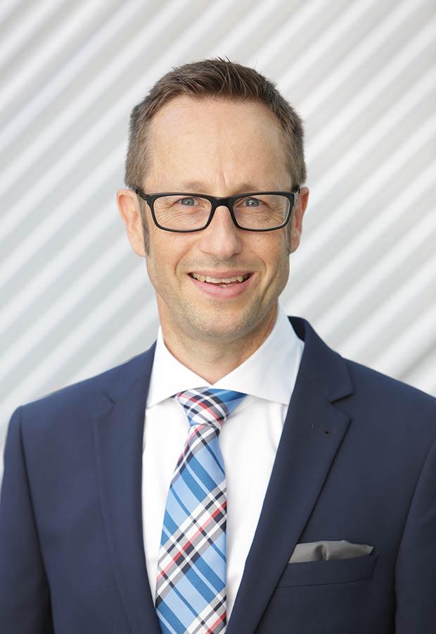 Stellvertretender Vorstand Kundenservice Fabian Wolf